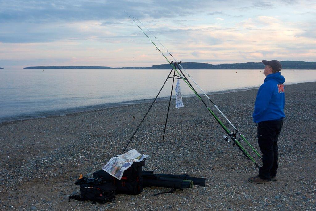 Shore fishing tackle